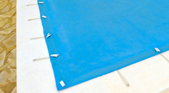 ¿Cómo quitar una lona de la piscina?