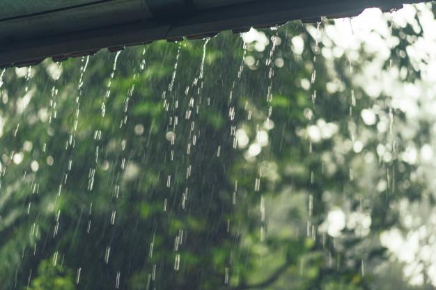 Cómo afecta la lluvia a nuestra piscina