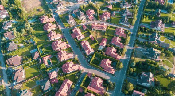 El pueblo en el que hay más piscinas que habitantes